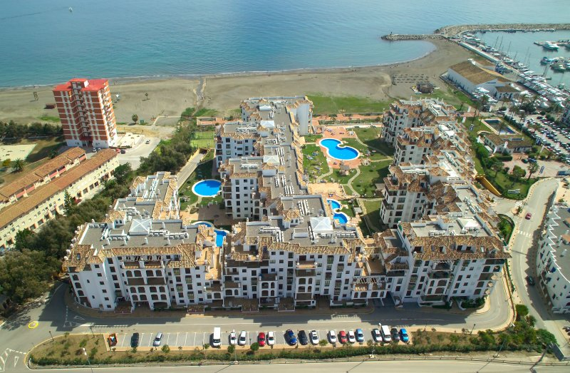 Malaga Beach Apartment Marina De La Duquesa Puerto