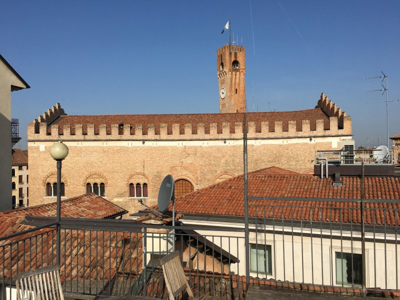 Hesperia Apartment, holiday rental in Treviso