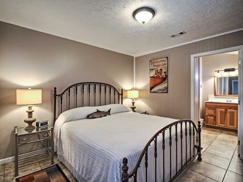 The cozy, new, king bed makes for peaceful, uninterrupted nights of sleep.