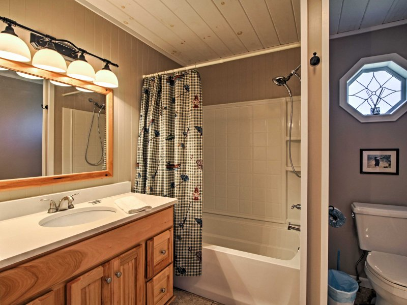 Rinse away your daily activities in the charming and tidy bathrooms.