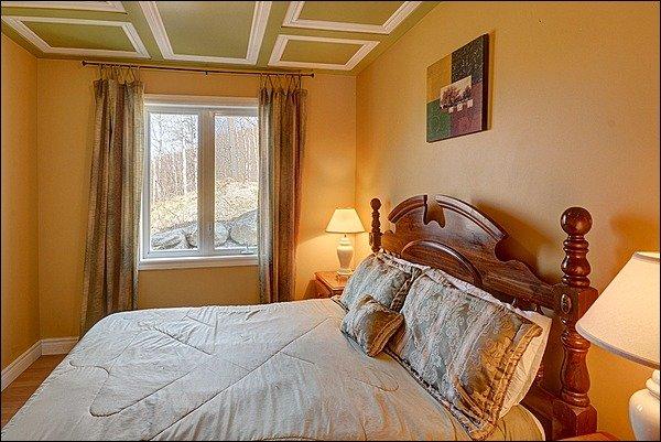 Bedroom with Comfy Queen Bed
