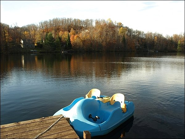 Explore the Lake with Your Pedal Boat
