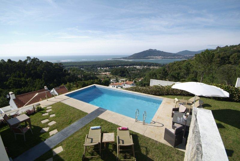 Cristelo Villa Sleeps 8 with Pool Air Con and WiFi - 5718917, alquiler vacacional en Moledo