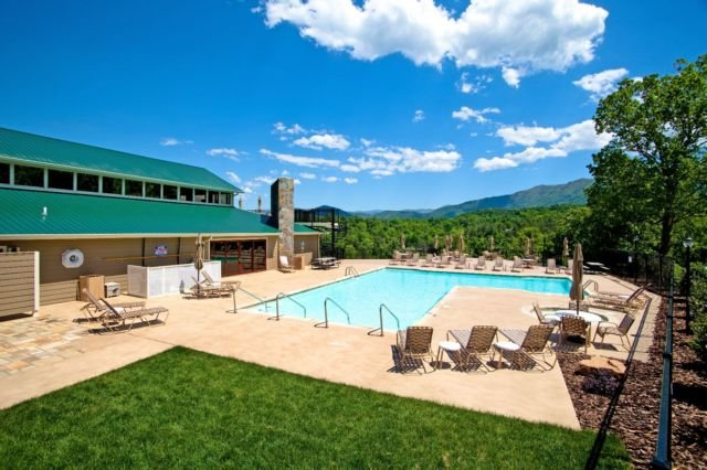 Laurel Valley Free Swimming Pool Access