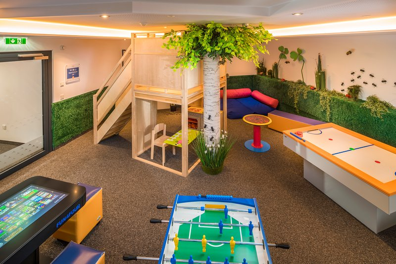 Play is relaxing for all ages. Indoor and outdoor playground at Guthof Lutz