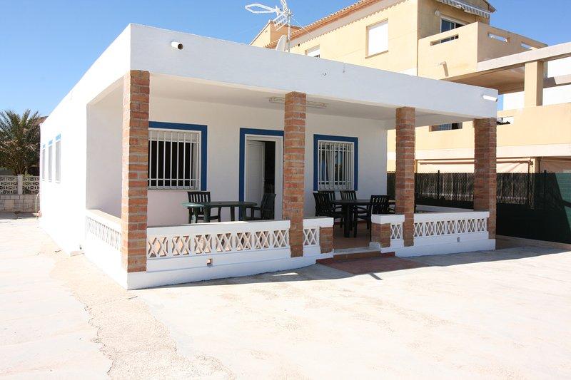 Oliva- zona urb. KIKO- primera, vacation rental in Pego