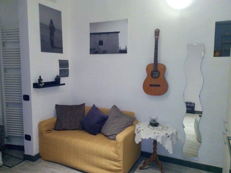 Relax and comfort in the heart of the historical center of Salerno a few steps from the sea.