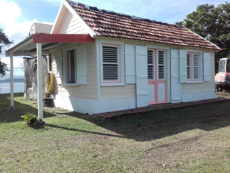 Chambre d'hôtes sur une île privée, où régne le calme et la sérénité, location de vacances à Le Robert