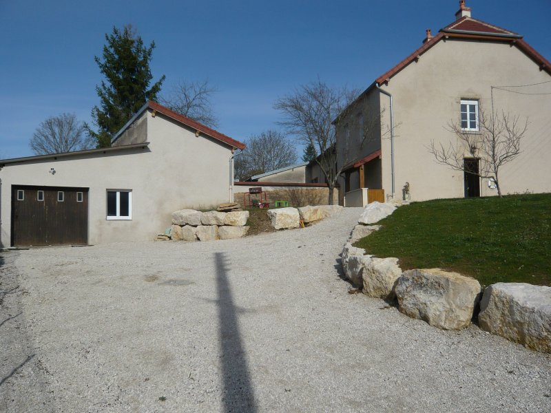 MAISON BOURGEOISE EARLY 20TH CENTUARY FULLY RESTORED 2016, holiday rental in Dole