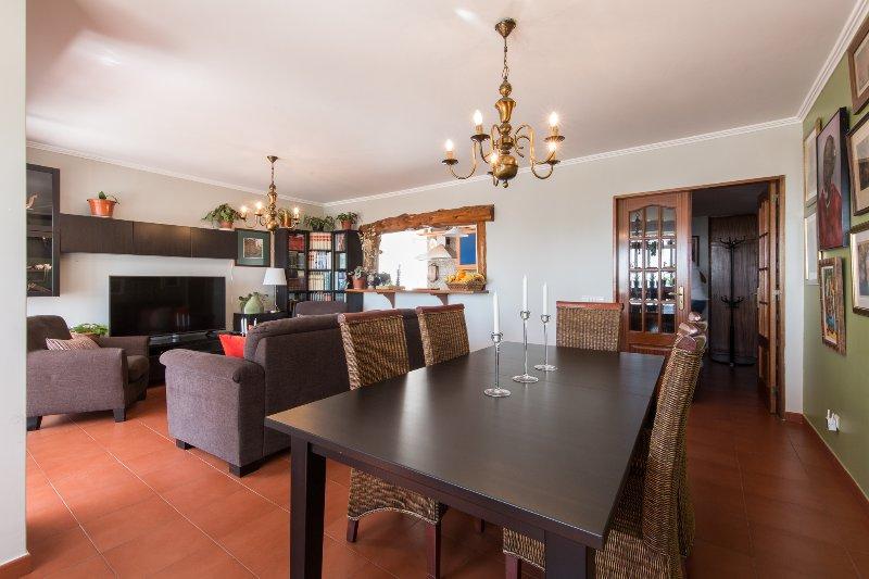 'HomeySuite' in Estoril Beach Apartment, aluguéis de temporada em Estoril
