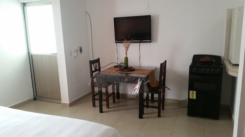 dining room and TV 32
