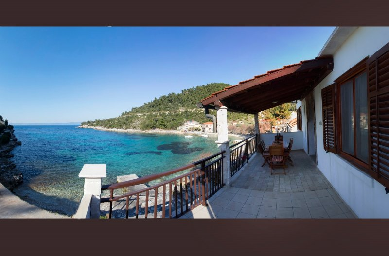 Alavia II, vacation rental in Blato