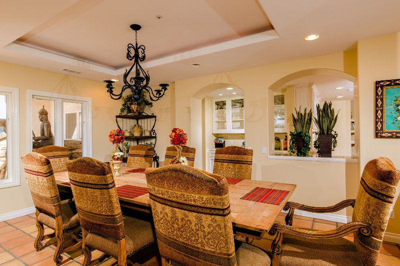 Dinning Room with seating for 16 Plus