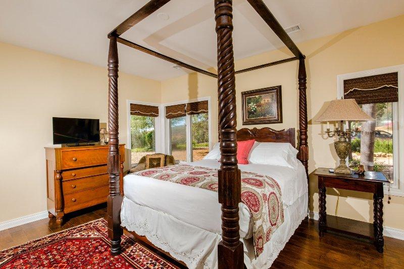 Bedroom #1 Queen Bed Sleeps 2