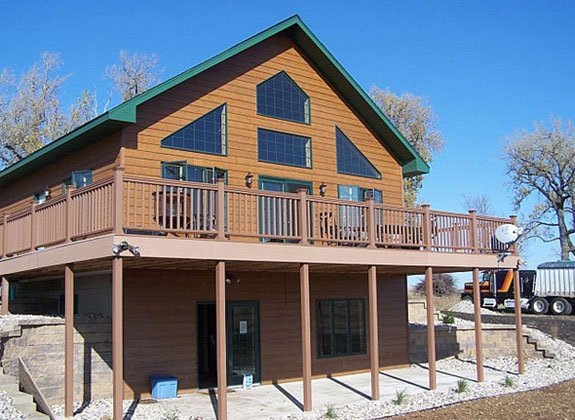 DoubleP Ranch: South Dakota Hunting and Fishing Lodge The 'Lakeview', holiday rental in Clark