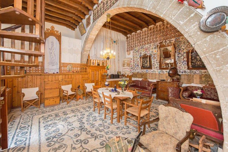 Traditional Villa Koskinou, holiday rental in Koskinou