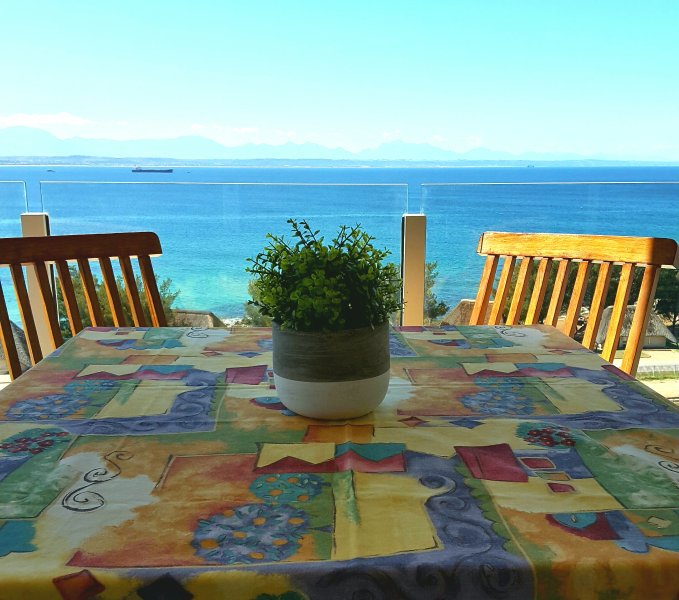 Mosselbay Sea View Apartment, vacation rental in Mossel Bay
