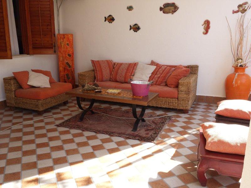 casa con terrazza tra mare e monti, holiday rental in Mondello