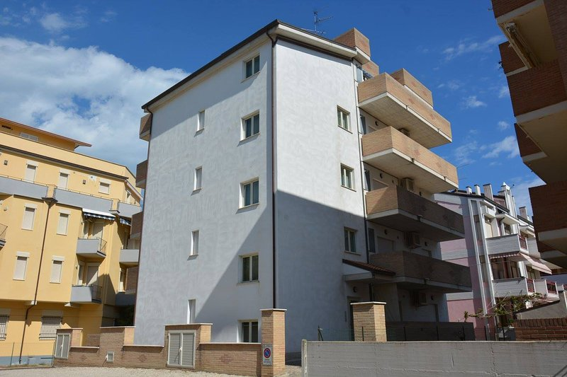 Appartament per vacanze Stella Marina - Soluzione 'Comfort', aluguéis de temporada em Alba Adriatica