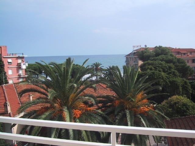 Diano Marina Appartamento 50 metri dalla Spiaggia Zona S. Anna, vacation rental in Diano Marina