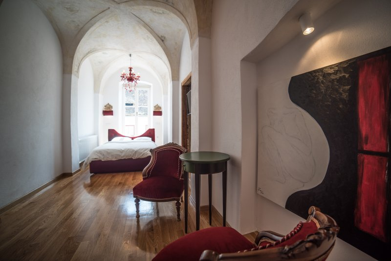 teto da catedral e aconchegante atmosfera barroca original fresco