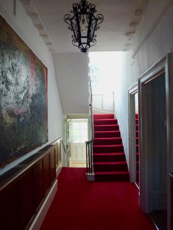 Le couloir imposant