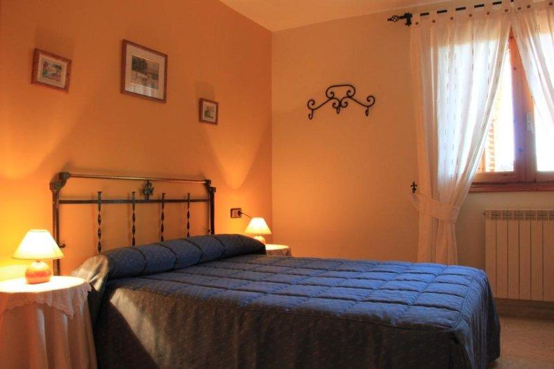 Casa Rural El Pueyo en El Pueyo de Araguas, Huesca España (Peña Montañesa), casa vacanza a Banaston