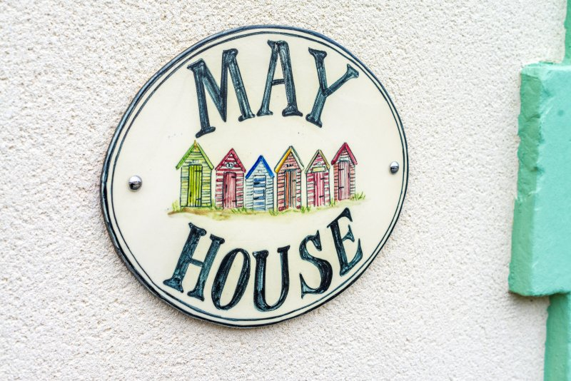 May House Sleeps 6