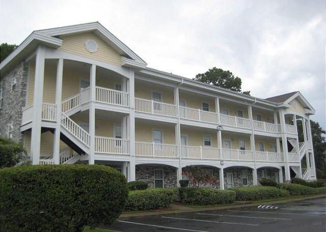 Magnolia Place 303 exterior