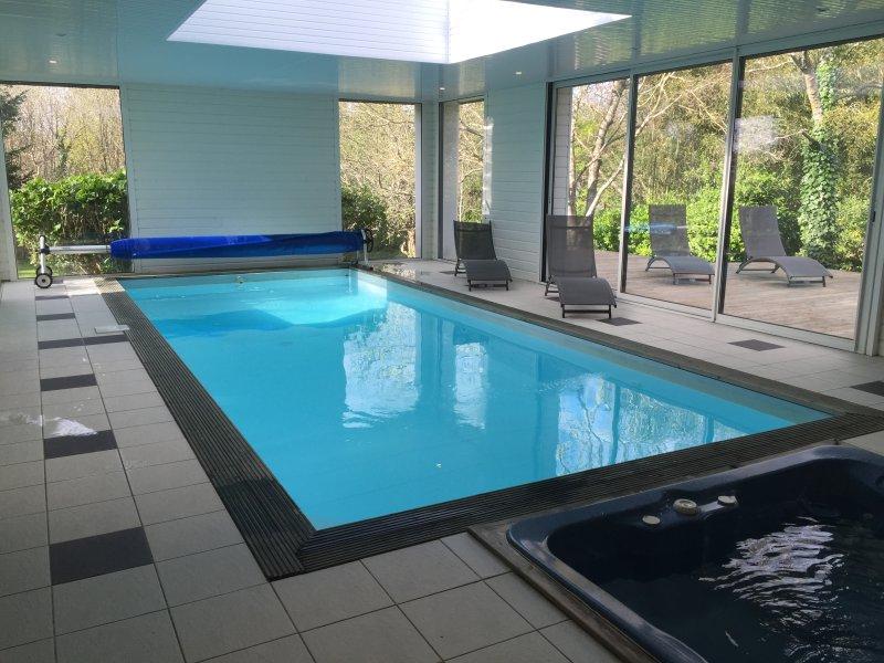 Villa Avec Jacuzzi Et Piscine Interieure Chauffee Pres Du Chemin