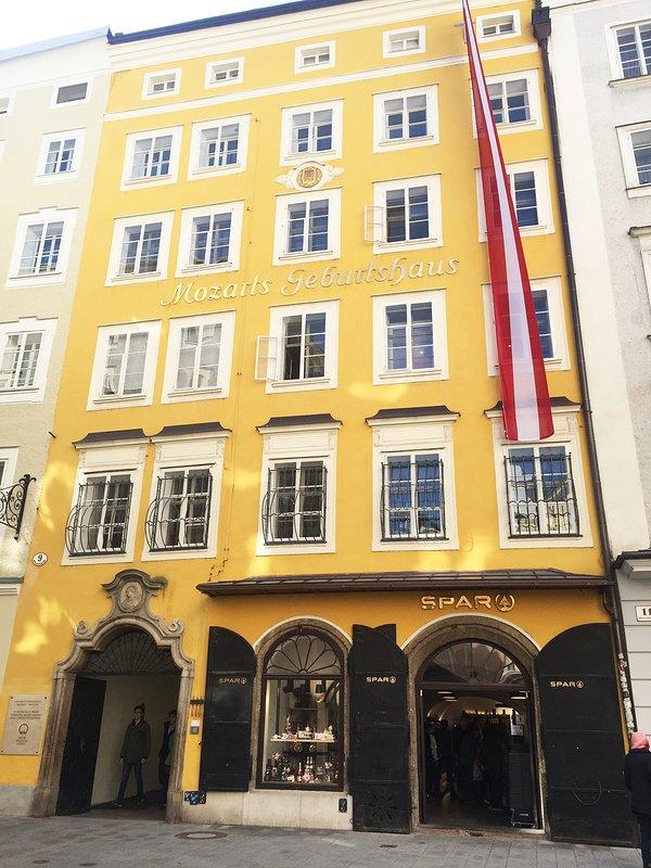 La maison natale de Mozart dans Getreidegasse