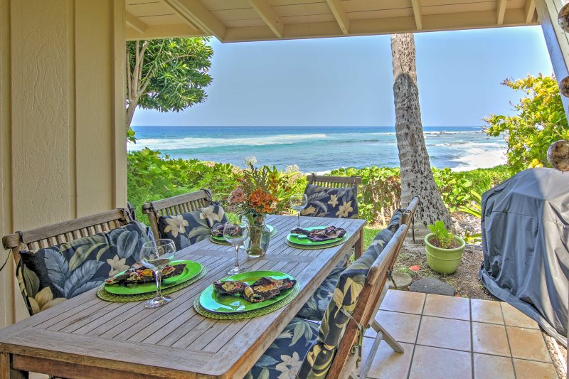 Escape to tropical vibes when you stay at this Kailua Kona  vacation rental town home.