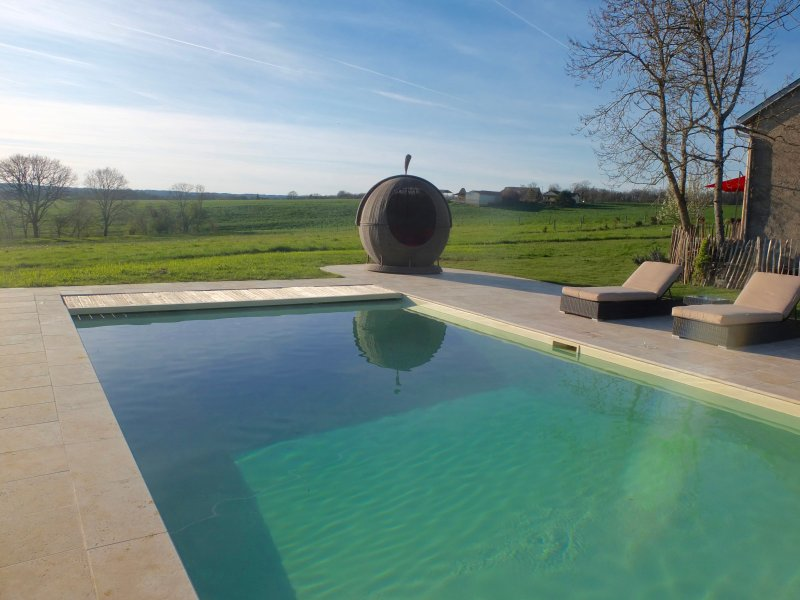 Stunning French Farm House, holiday rental in Saint Projet
