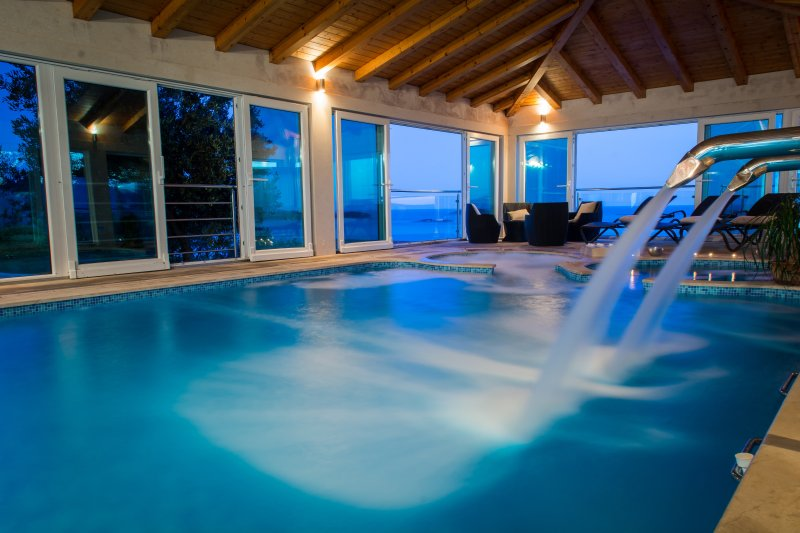 Villa Residence Lantoni with big indoor swim. pool in Mlini ...