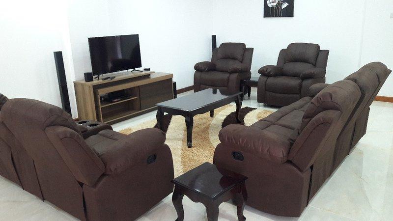 Executive Serviced Apartments in Westlands Nairobi, holiday rental in Nairobi