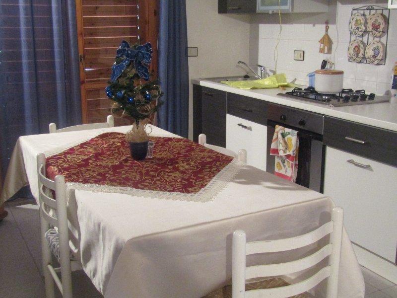Appartamento fronte mare Letojanni, holiday rental in Letojanni