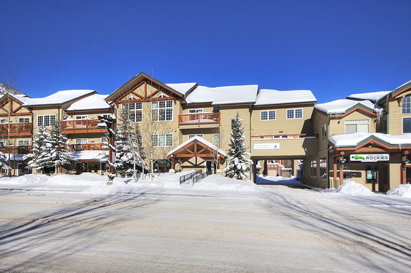 "<span class=""translation_missing"" title=""translation missing: en.shared.featured_properties.alt_for_rent, resort: Arapahoe Basin"">Alt For Rent</span>"