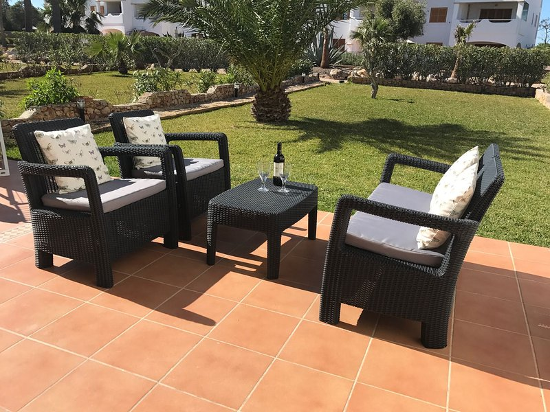 Cala d'Or 2-bed Bella Luna Garden Apartment, location de vacances à Cala d'Or