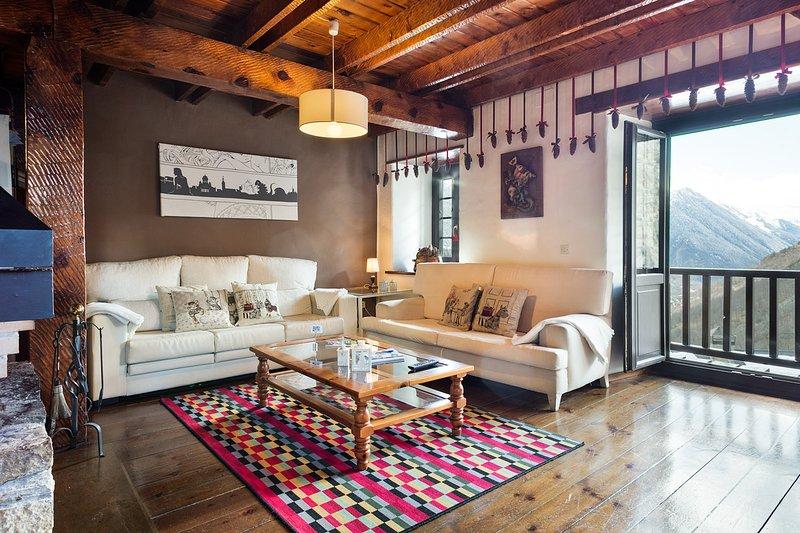 Apartamento Vista Bagergue WIFI, vacation rental in Province of Lleida