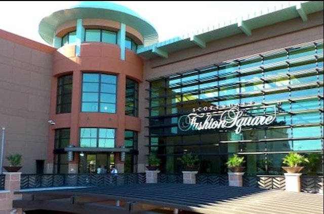 Scottsdale Fashion Mall with shops, restaurants and theatre