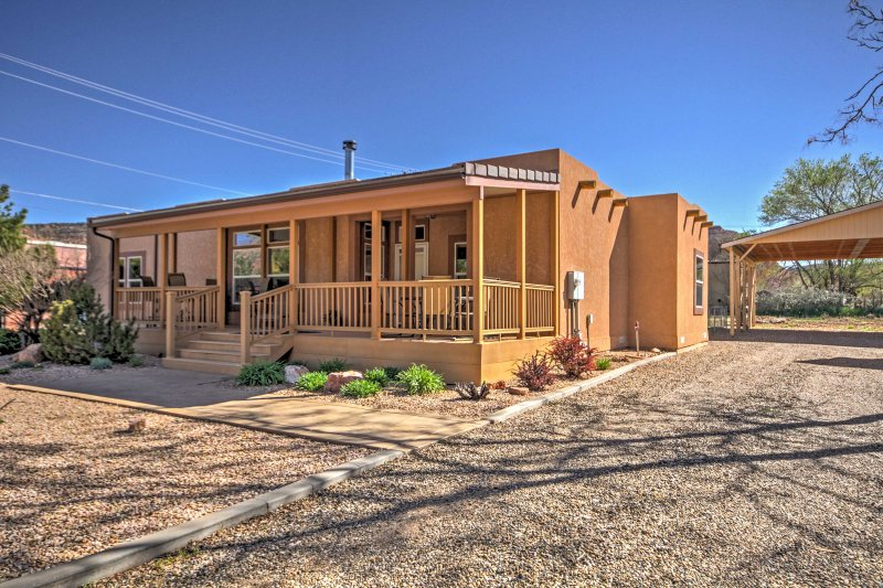 Experience Kanab from this amazing southwestern style home.