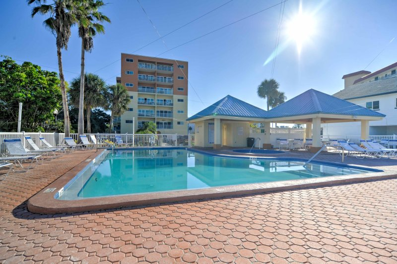 Bask in the sun from this 2-bedroom, 2-bathroom vacation rental condo in Redington Shores!