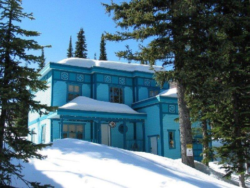 Belo quarto 4/4 casa de banho à direita na Ski Way