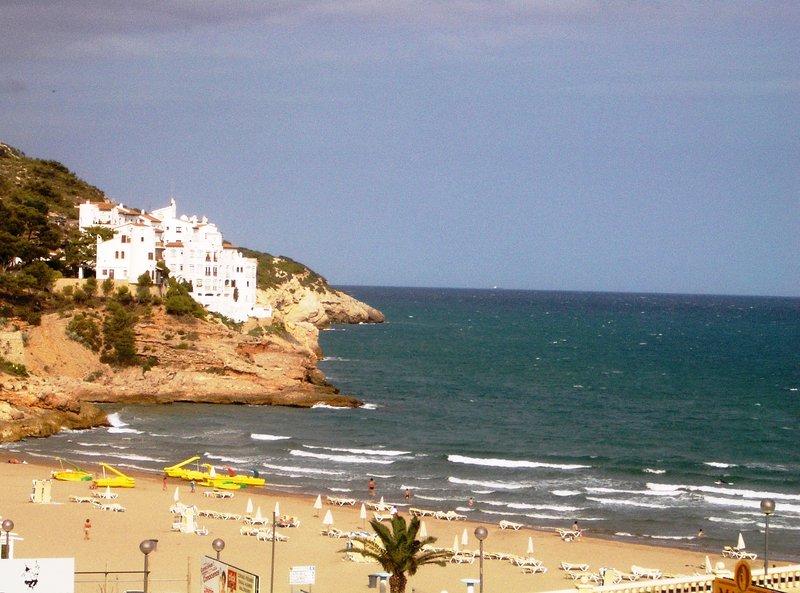 Vista dalla spiaggia di Sitges Loft