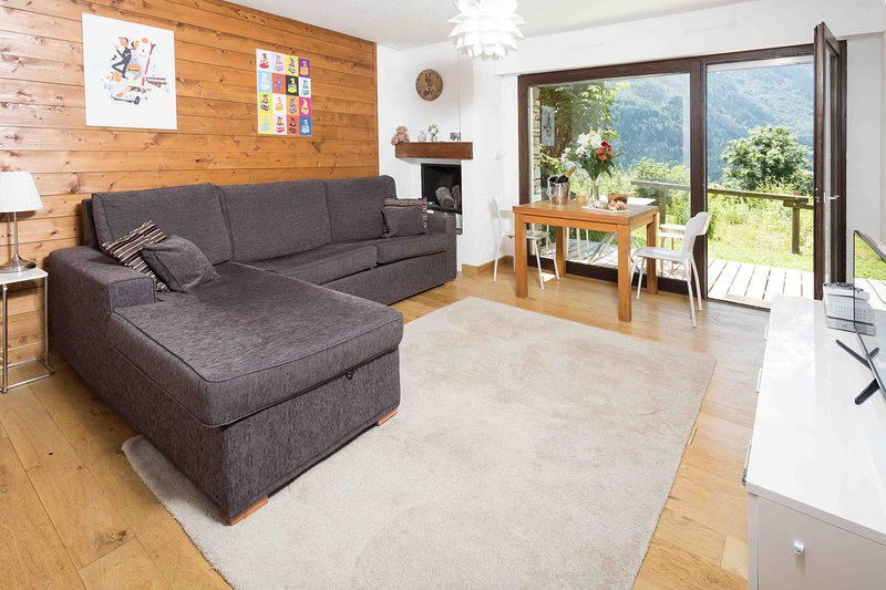 Stay at Le Cretet 2 apartment with 'Very Good' Property Manager 4.5/5, vacation rental in Chamonix