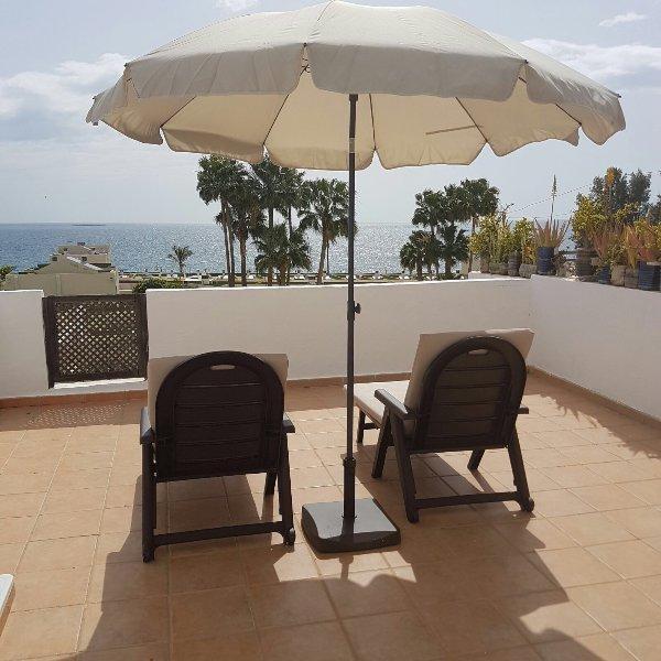Moderno apartamento con vistas al mar, holiday rental in Bahia Feliz