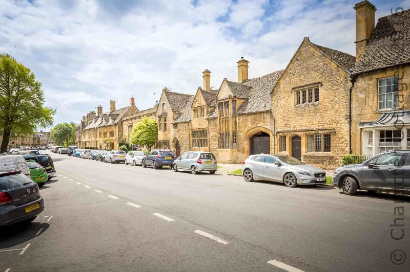 Chipping Campden has lots of lovely pubs, restaurants and cafes