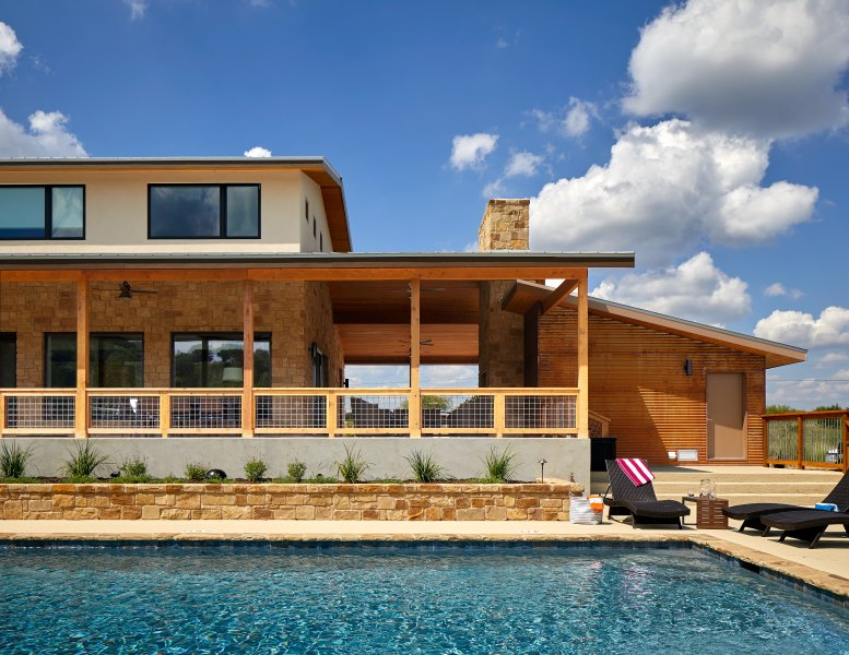 The Wimberley Retreat on the Blanco River, location de vacances à Fischer