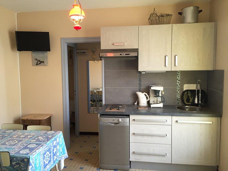 Maisonnette proche plage & commerces tout confort, location de vacances à La Faute sur Mer