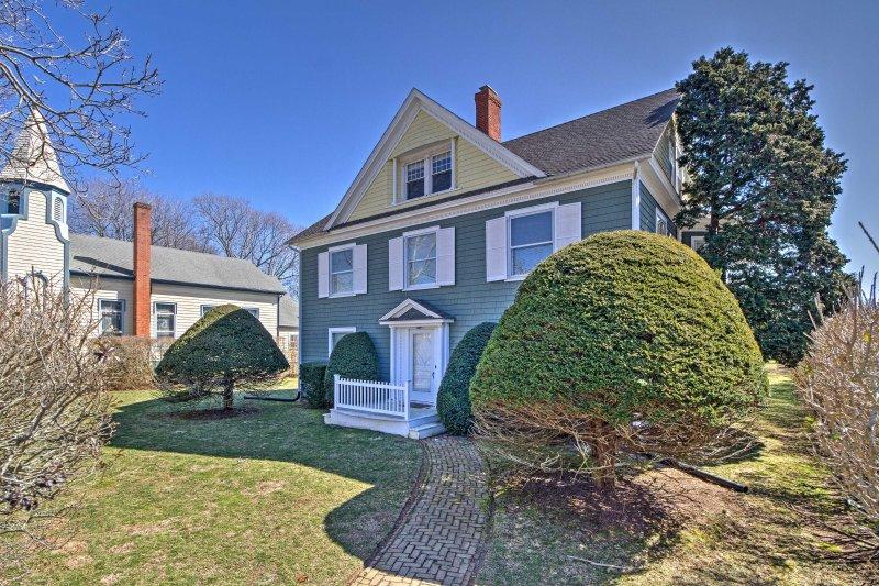 Explorar os Hamptons a partir deste 6 quartos, 5,5 banho casa de férias em Amagansett.